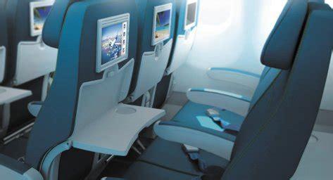 Air Transat A330 Interior by Economy A330 300 Air Transat Seat Maps Reviews Seatplans
