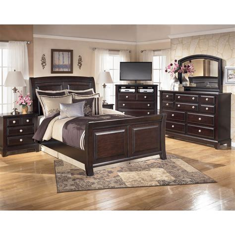 Signature Design Bedroom Furniture Signature Design By Ridgley 4 Pc Bedroom Set Bedroom Sets Home Appliances Shop