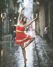 Siena International Photo Awards dance practicing in cuba streets of ballet dancers great