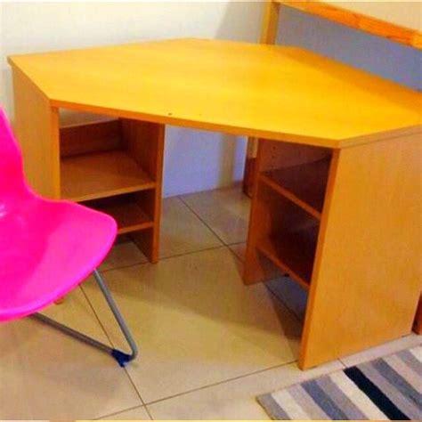 Meja Belajar Cowok meja kerja meja belajar untuk sudut ruangan perabotan