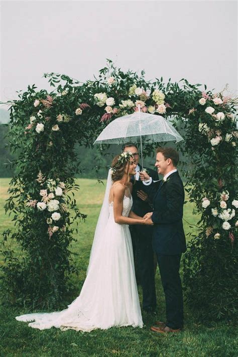 Wedding Hair For Rainy Day by Best 25 Rainy Day Hairstyles Ideas On Hair