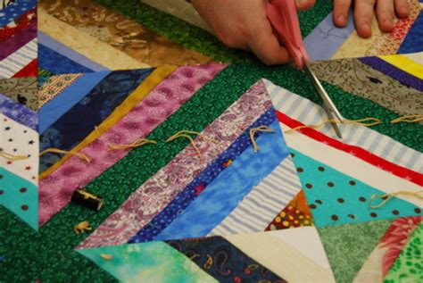 Tying Quilt by How To Tie A Heartstrings Quilt Maryquilts