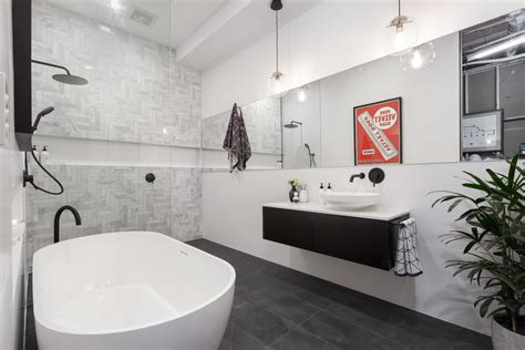 Bathroom Tile Feature Ideas by The Hottest Bathroom Trends Right Now According To Dea Jolly
