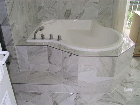 glasfliesen bad so kann sich auch ihr neues bad entfalten fliesen haimerl