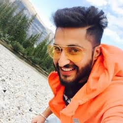 hair cut boy new punjabi jassi gill broke many girl s heart how