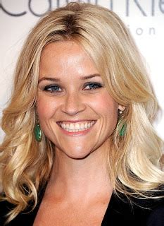 beachy texture photo reese witherspoons 10 best the long and short of celebrity hairstyles reese