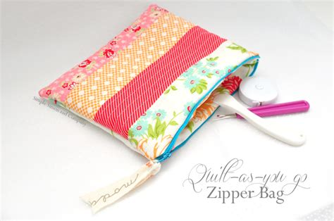 free pattern lined zippered pouch free zipper bag pattern quilt as you go method simple