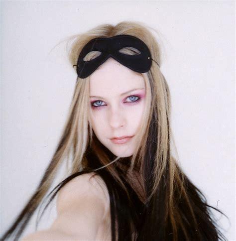 Avril Lavigne In Blender by Photoshoots 2004 Blender Magazine De Avril Lavigne Taringa
