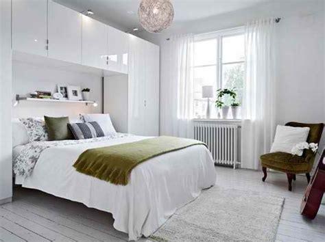 apartements good looking girl bedroom small studio