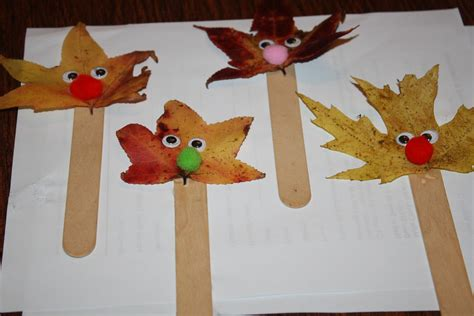 leaf crafts projects show and saturday link up i can teach my child