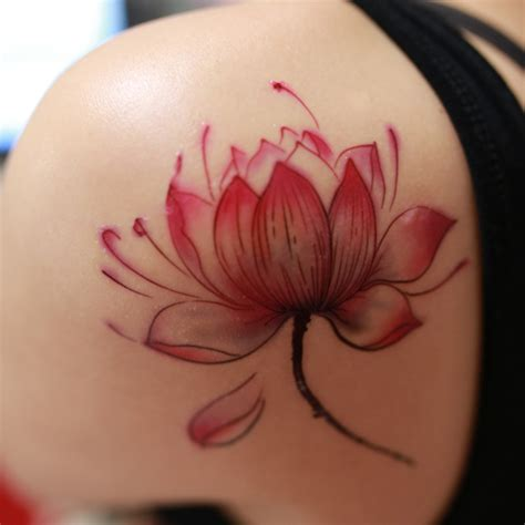lotus flower shoulder tattoo 29 lotus flower