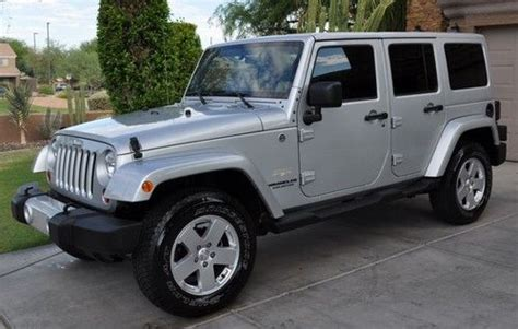 Jeep Wrangler 4 Wheel Drive Buy Used 2011 Jeep Wrangler Unlimited 4 Wheel Drive