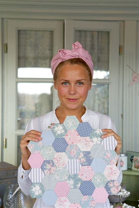 Tilda Patchwork - 1000 images about hexagonos on grandmothers