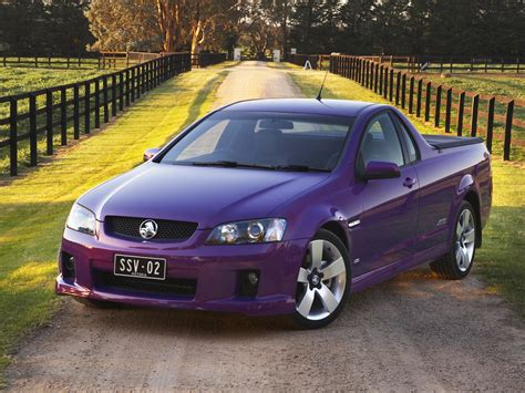 holden vs ute holden commodore vs v8 ute