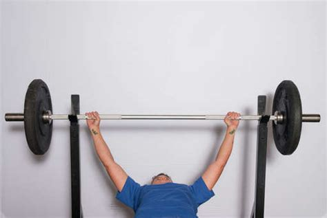 how wide should my grip be on bench press wide grip bench press clear illustrated easy to follow
