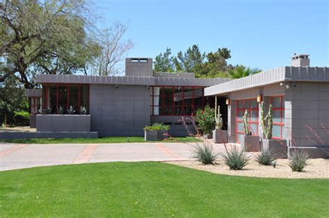 frank lloyd wright s adelman house in wisconsin receives marion estates the modern phoenix home tour 2012