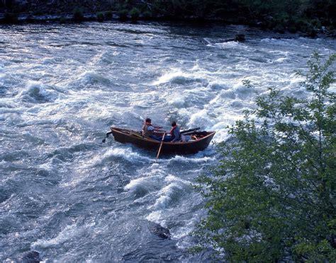 flat bottom boat define mckenzie river dory