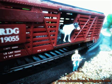 Miniatur Kereta Api Gerbong sentolo yogyakarta 87