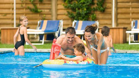family inn hotel r best hotel deal site