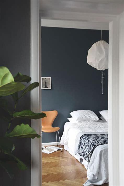 wall street bedroom set furniture bedrooms st pauls blue wall paint decor