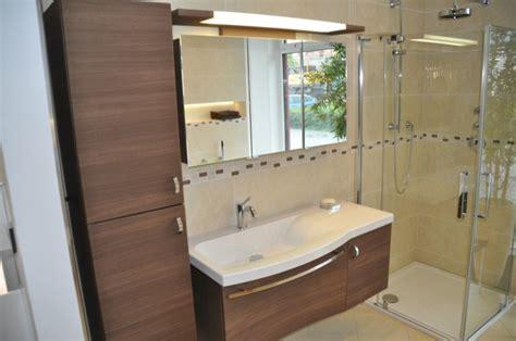 spiegelschrank in trockenbauwand bemusterung badezimmer auswahl sanit 228 r dusche wc
