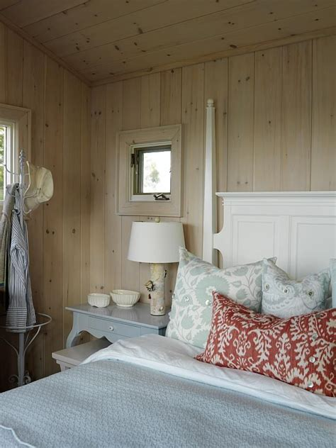 7 guest bedroom design ideas hgtv 254 best images about lake house log house on pinterest