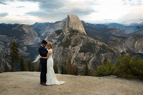 Yosemite Wedding by Yosemite National Park Wedding Photographer