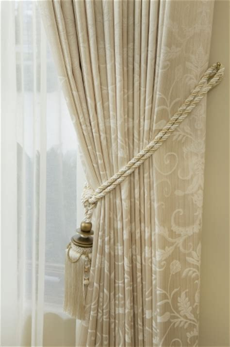 how to tie curtain tassels how to tie curtains in a knot curtain menzilperde net