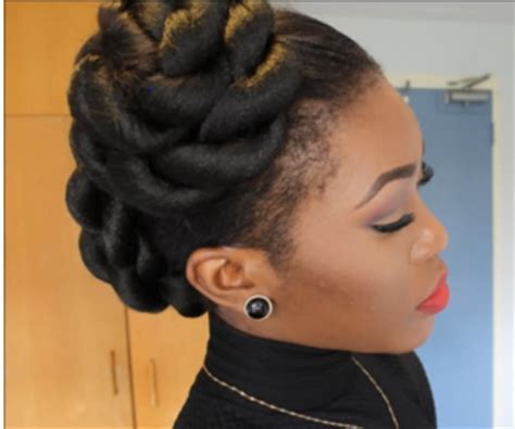 Deepbrown & Kinks: Simple Protective Styles For Medium