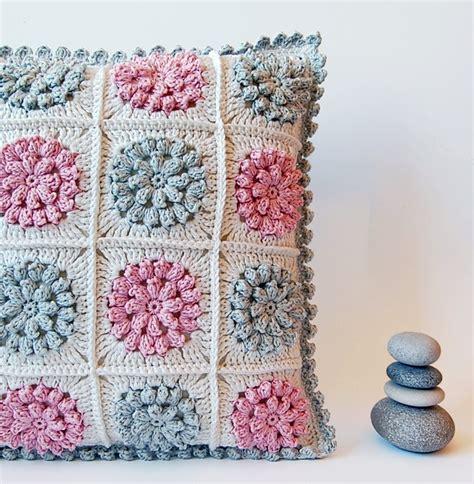 Crochet Pillow Pattern by