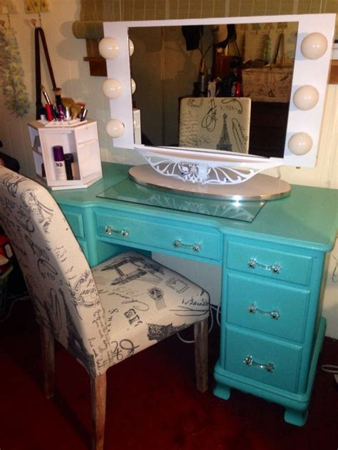 My Diy Vanity Refurbished Antique Desk Painted Tiffany Diy Makeup Vanity Desk