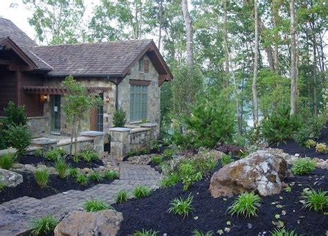 Garten Mit Lava Gestalten by Tolle Au 223 Enbereich Gestaltung Mulch Und Pflanzen F 252 R Den