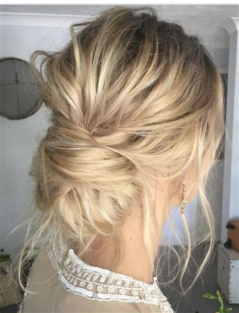Wedding Hairstyles Updo Chignon by Chic Chignon How To Style The Modern Chignon Wedding