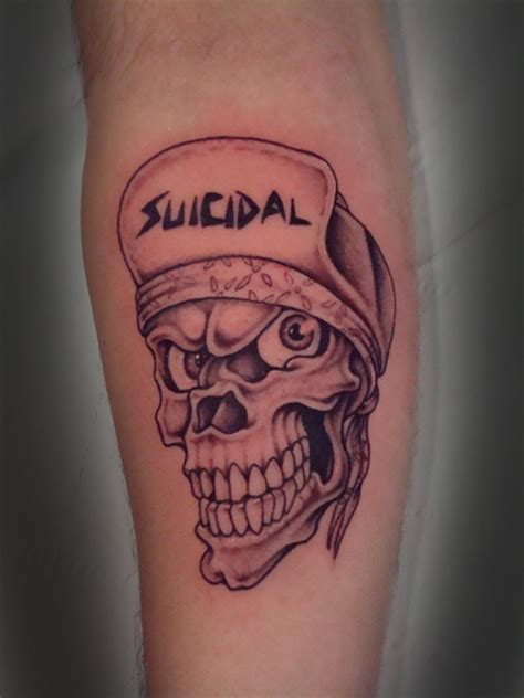 tatuaje de una calavera con gorra tatuajes de calaveras