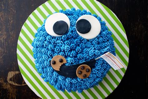 coco cake land cakes cupcakes vancouver bc cookie monster  maniac