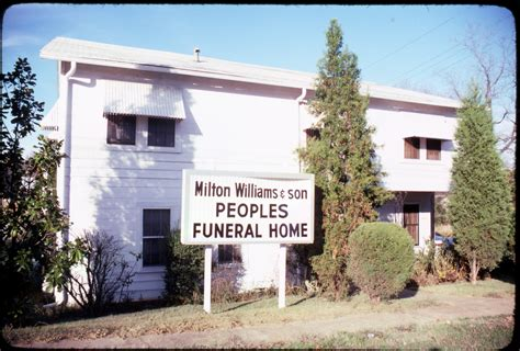 exterior view of milton williams peoples funeral