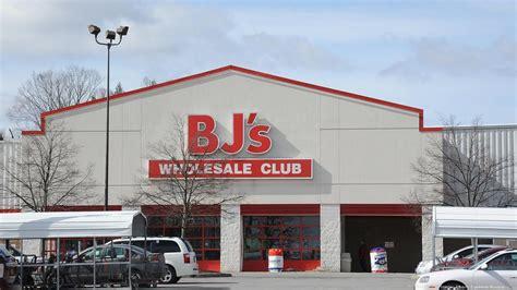 bj s wholesale bj s customer lawsuit accuses retailer of overcharging