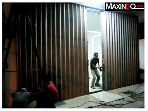 Menerima Pesanan Pembuatan Rolling Door Di Tangerang daftar harga folding gate per meter murah bekasi
