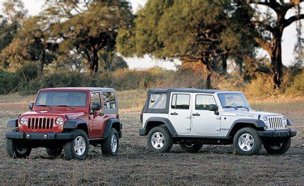 Jeep Wrangler Unlimited Automatic Vs Manual 2007 Jeep Wrangler And Wrangler Unlimited Road Test