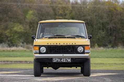 old land rover range rover classic two door