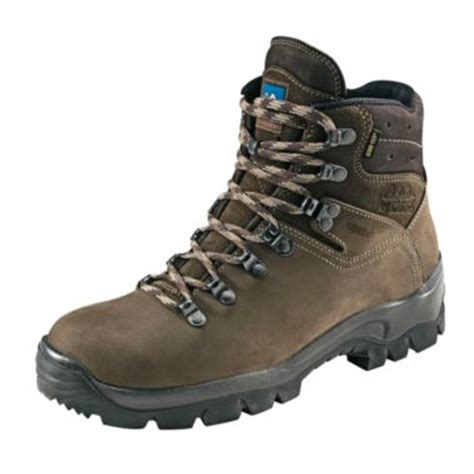 bgftrst hiking boots buyer s guide cabela s