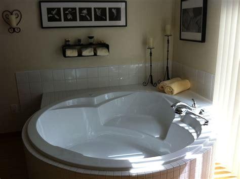 water birth in bathtub phoebe s birth story ekwetzel