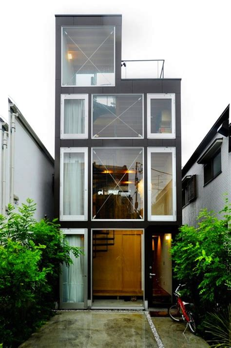 shipping containers as homes offices in williamsburg best 25 shipping container homes ideas on pinterest