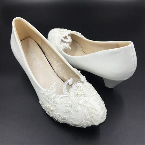 wedding shoes flower low heels ivory white flower wedding shoes lace