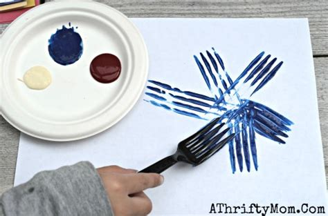 and crafts for toddlers fireworks painted with a fork and easy craft