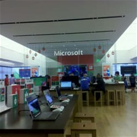 Microsoft Mba Seattle Reddit by Microsoft Store Electronics District