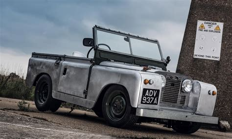 Garage Land Rover by Goblin Works Garage Slammed Rover Cool Material