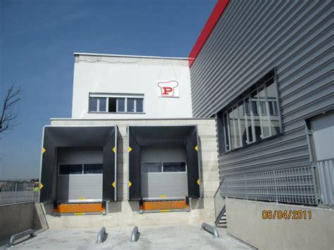 stufe a pellet per capannoni rifacimento facciate capannoni terminali antivento per