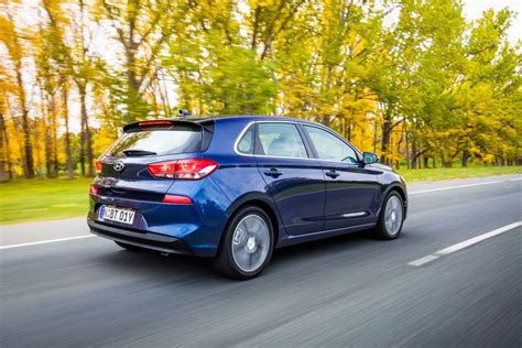 hyundai small car hyundai updates i30 small car range goauto