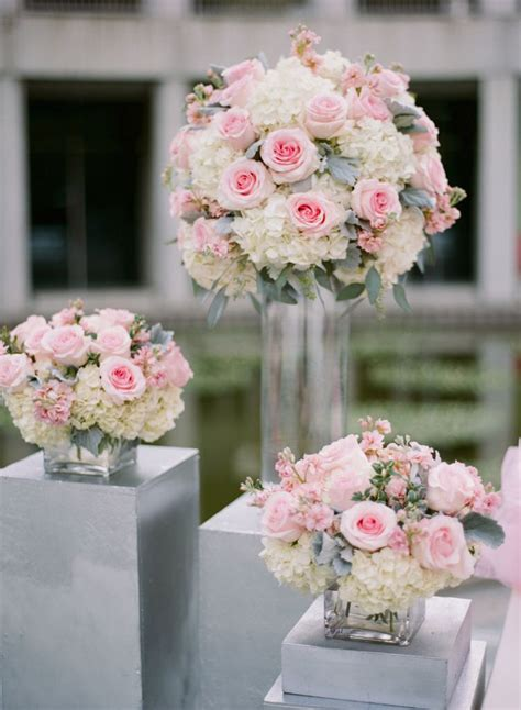 wedding roses centerpieces 25 best ideas about wedding flower arrangements on wedding floral arrangements